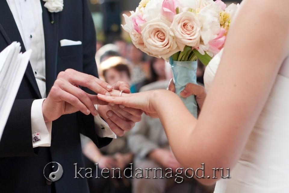 Благоприятные дни для бракосочетания в марте 2022 года